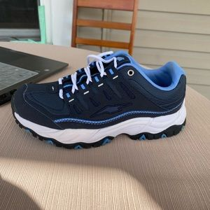 Avia sneakers